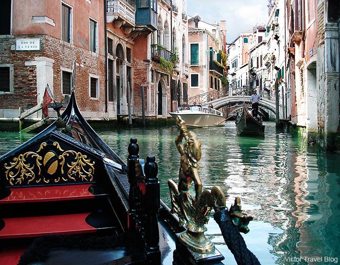 gondola-ride-venice-italy-1-22222