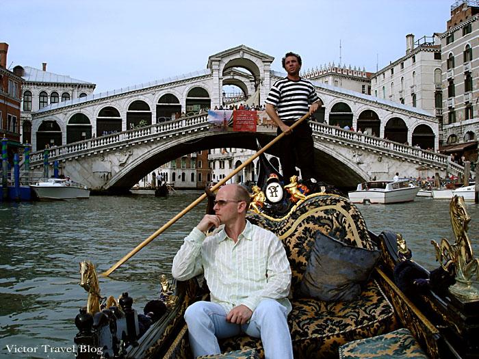 Rialto Bridge in Venice. Italy.