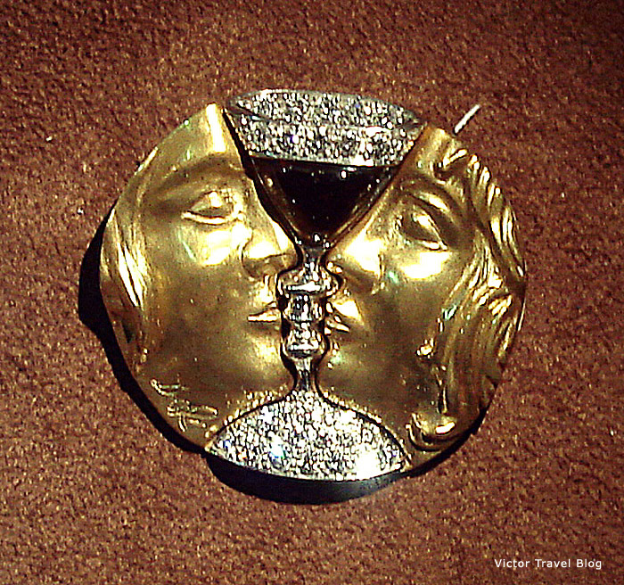 Tristan and Isolde by Salvador Dali jewelry. Figueres, Spain.