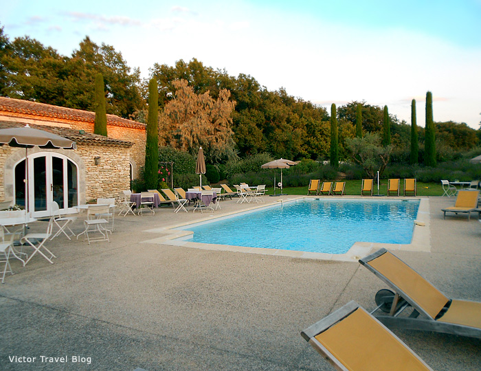 The pool in Hotel Mas de la Senancole. Gordes, Provence, France.