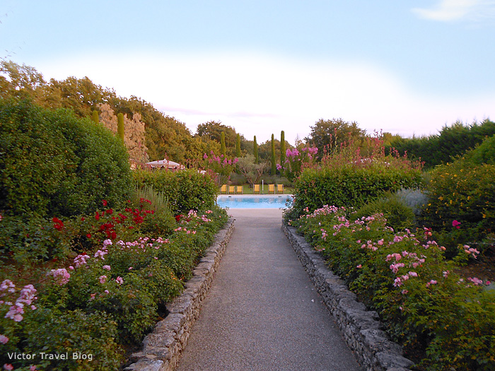 The garden in Hotel Mas de la Senancole. Gordes, Provence, France.