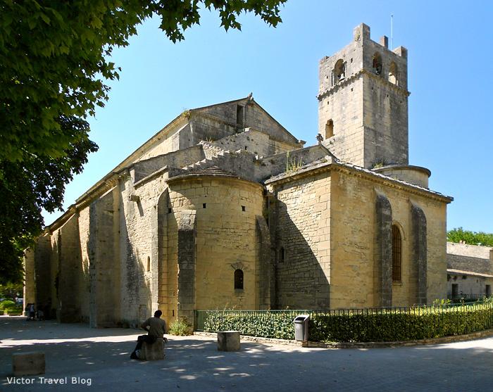 Notre Dame de Nazareth in Vaison-la-Romaine, France.