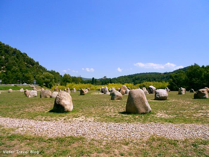 Something like little Stonehenge near Vaison-la-Romaine, France.