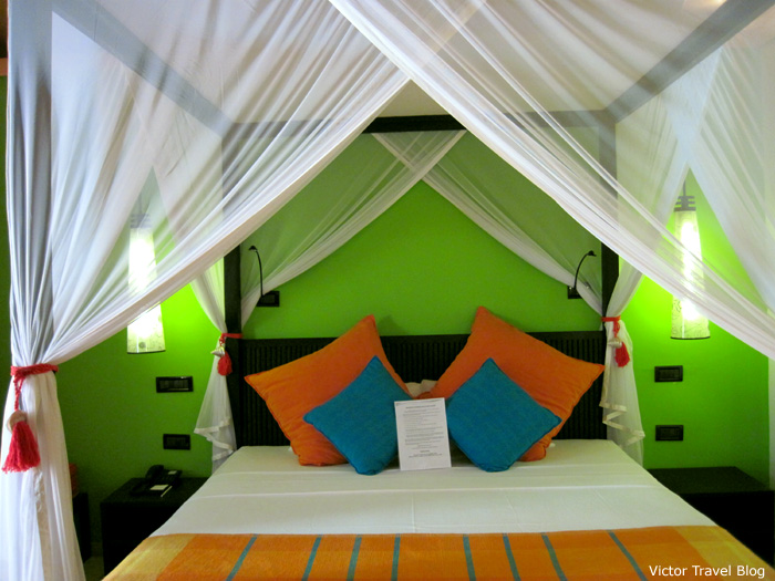 Delux Villas on Vilamendhoo Island Resort and Spa