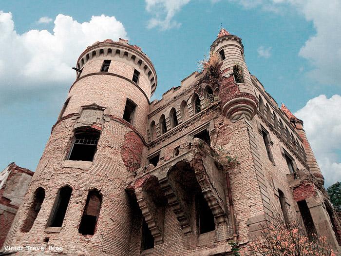muromtsevo-russian-castle-101105-22222