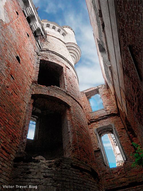 muromtsevo-russian-castle-3105-111111