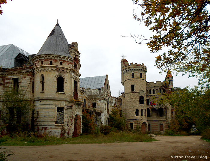 Castle Muromtsevo in Russia