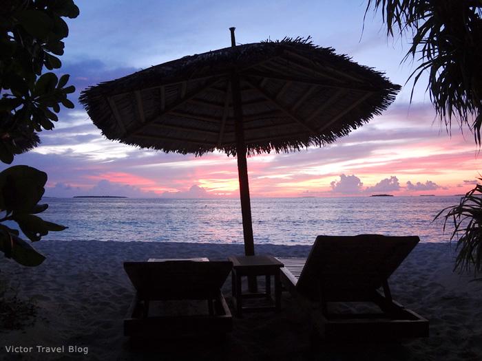 Sunset on Reethi Beach