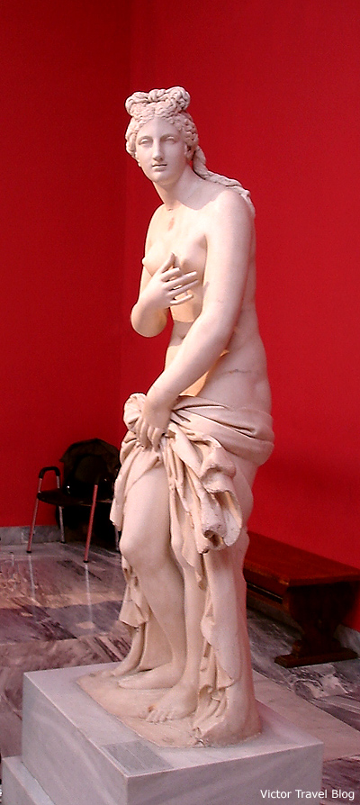 Classical Greek sculpture in the Athens Archaeological Museum