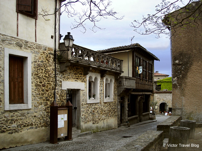 One of the streets of the medieval Cite de Сarcassonne. Languedoc, France.