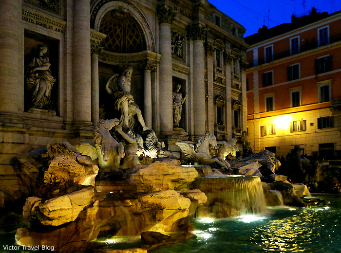 The Trevi fountain, Roma, Italy.