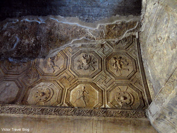 Fragment of ceiling in thermae. Pompeii, Italy.