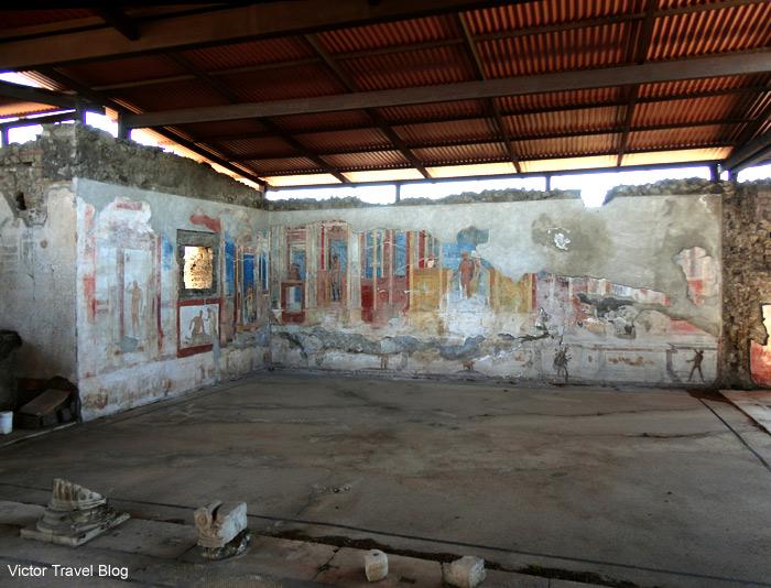 Via Della Regina, building 24. Pompeii, Italy.