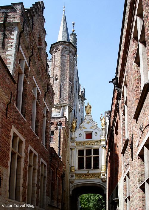 Blinde Ezelstraat or Blind Donkey Alley. Brugge, Belgium.