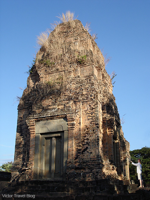 Pre Rup is Angkorian and pre-Angkorian-era Khmer temple ruins. Siem Reap, Cambodia.