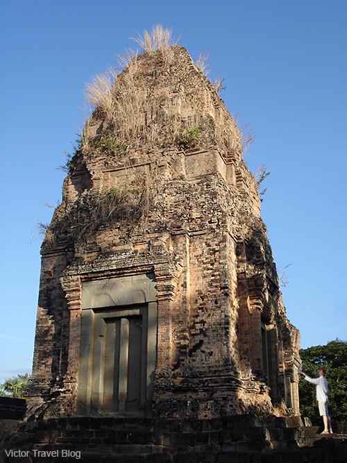 Pre Rup is Angkorian and pre-Angkorian-era Khmer temple ruins. Siem Reap, Cambodia.
