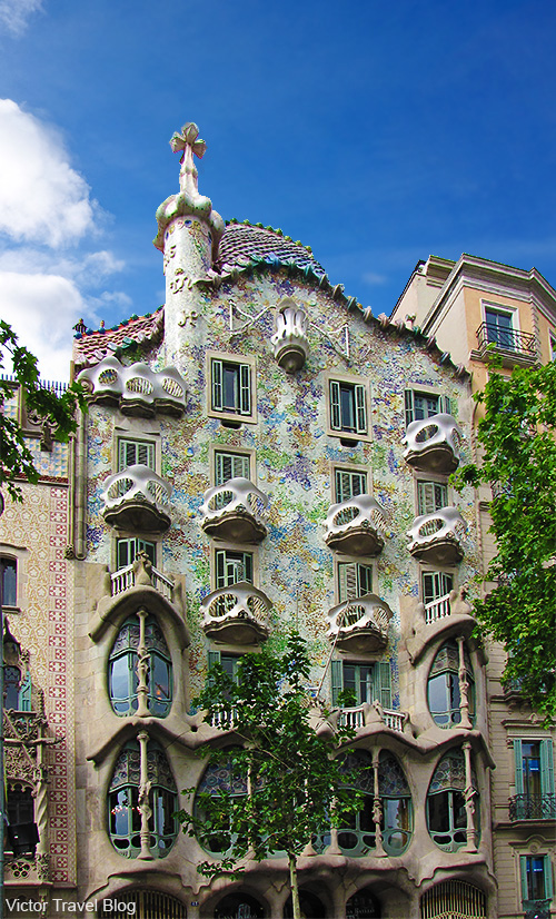 Casa Batlló by Antoni Gaudi in Barcelona. Catalonia, Spain.