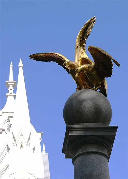 A long time ago, gulls saved the harvest of Mormons having eaten all crickets. Golden monument reminds of this.