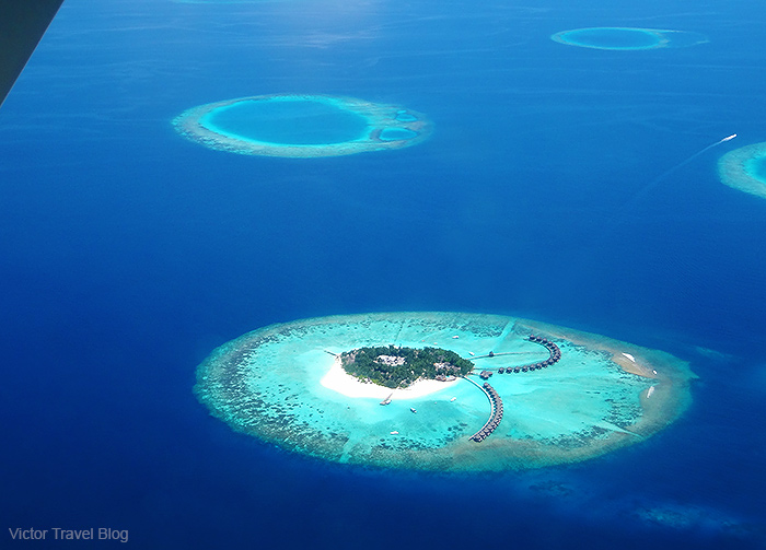 Flight to the Maldives island Vilamendhoo.