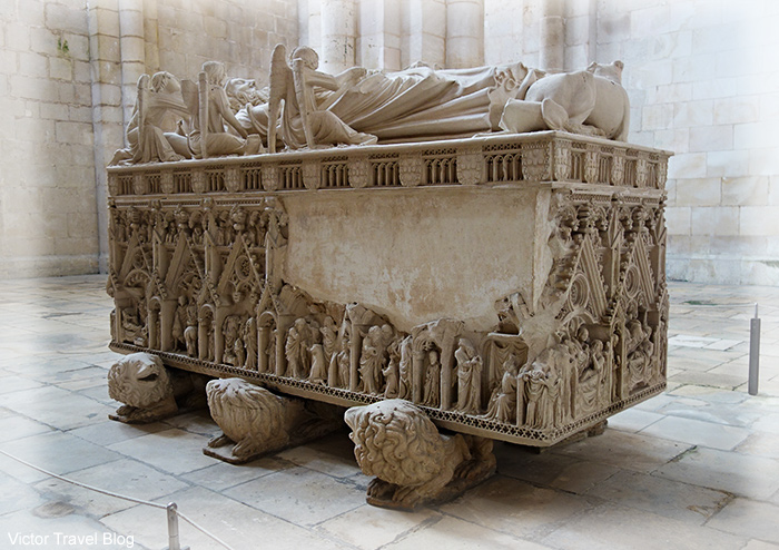 Tomb of King Pedro in Abbey of Santa Maria. Alcobaca, Portugal.