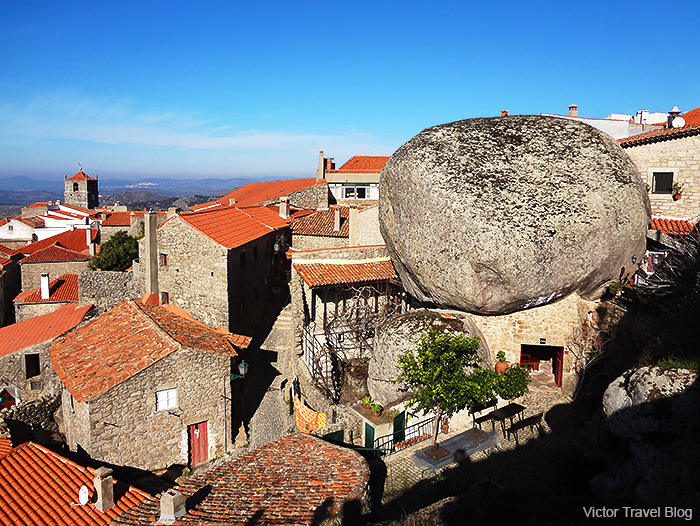 The famous restaurant under the boulder in Monsanto Village. Portugal