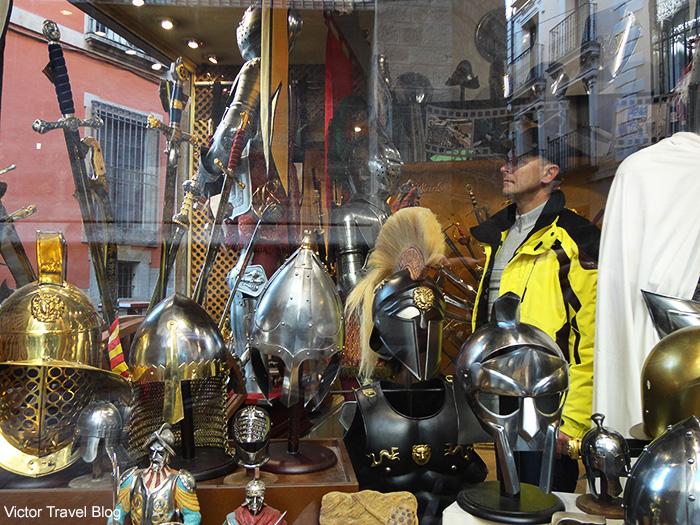 Souvenir shop of Toledo blades. Toledo, Spain.