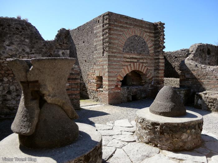 Oven in Pompeii, Italy.