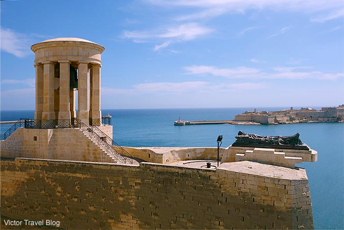 Siege Bell War Memorial. Valletta, Malta.