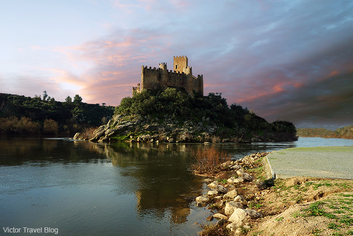 Templar's castle Almourol. Portugal.