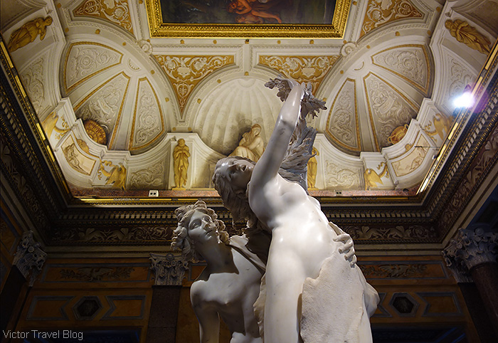 Apollo and Daphne by Gian Lorenzo Bernini. The Museo Borghese, Roma, Italy.