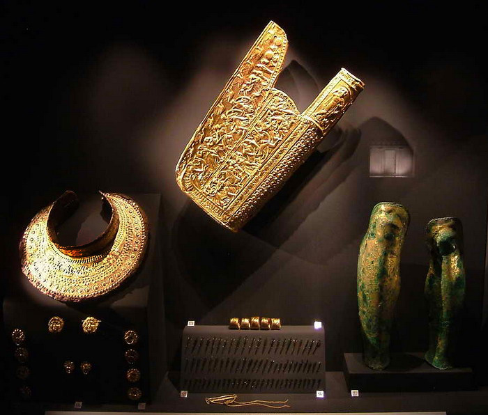 Exhibits of the Museum of the Royal Tombs of Aigai, Vergina, Greece.