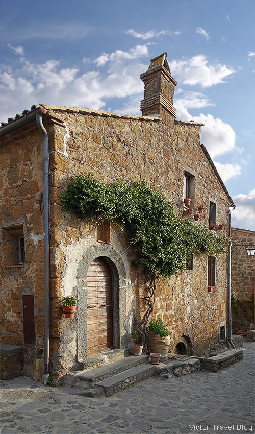 An old house in Civita di Bagnoregio, Italy.