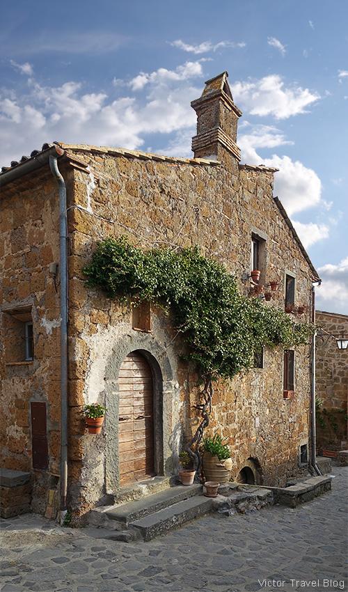 An old house in Civita di Bagnoregio, Italy.