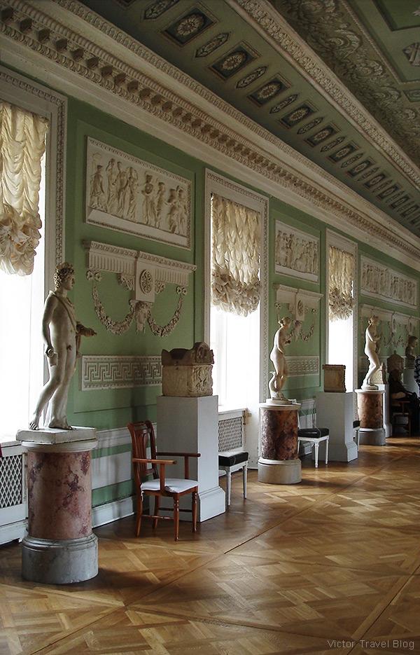 The Knights Room. The Pavlovsk Palace, Pavlovsk, Russia.
