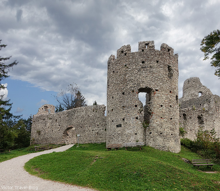 Ruins of the castle of Hohenfreyberg, Germany.