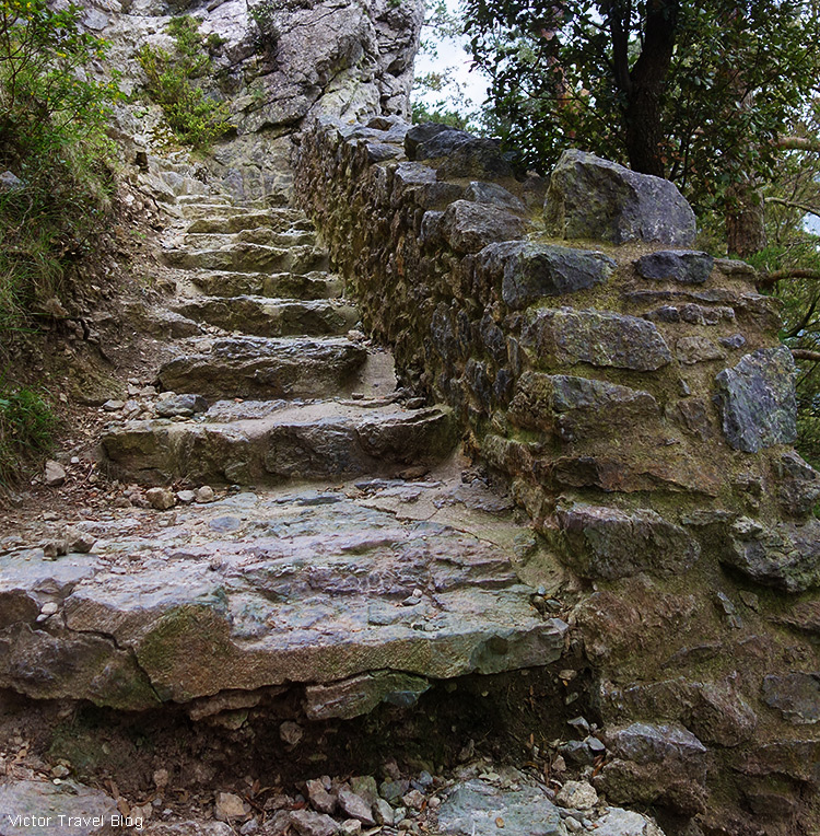 The only way to the Puilaurens Castle, Languedoc, France.