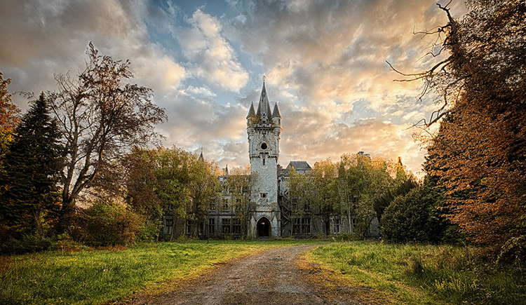 Miranda Castle, Belgium. Demolished in 2017.