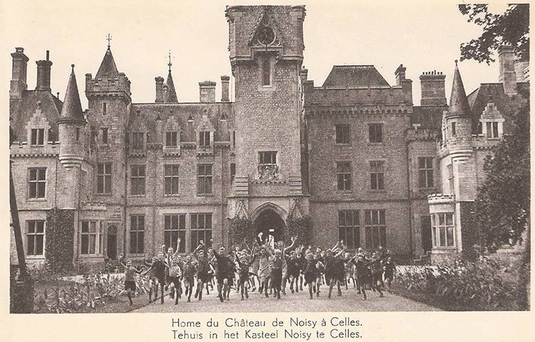 From 1958, Miranda Castle was used as a children's camp.