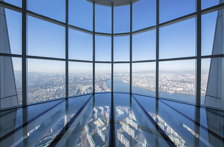 The glass floor in the Lotte World Tower, Seoul, South Korea.