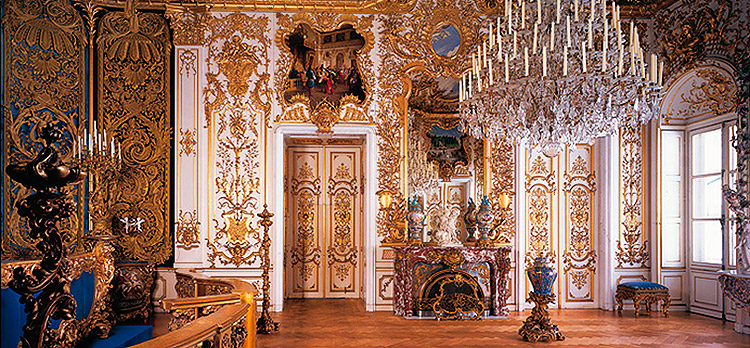 Bedroom, Linderhof Palace, Bavaria, Germany.
