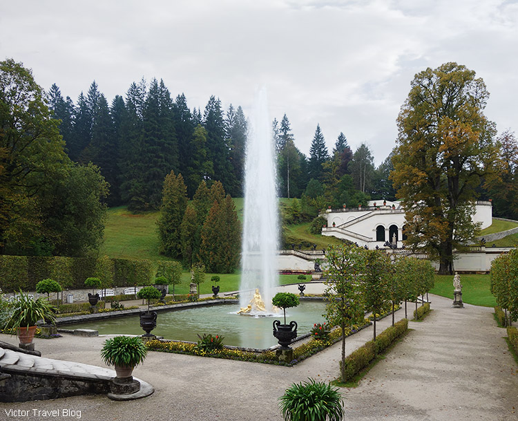 Water Parterre, Linderhof park, Bavaria, Germany.
