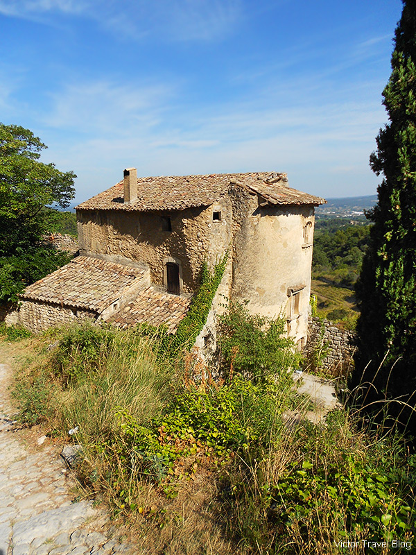 A neglected house in the old Oppede le Vieux, Provence, France.