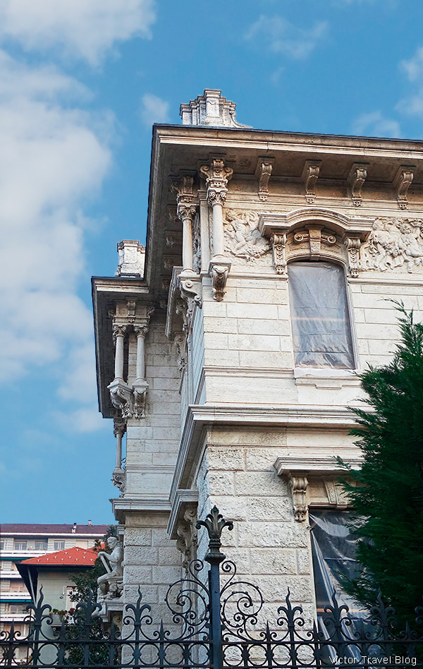 Via Giuseppe Galliano 6, Crocetta, Turin, Italy.