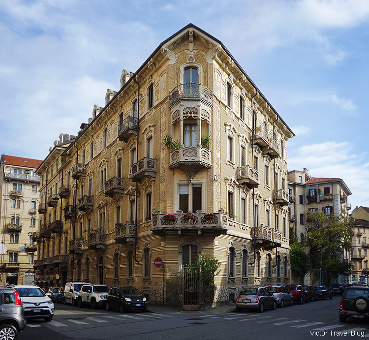The corner of Via Pietro Piffetti and Via Claudio Beaumont, Turin, Piedmont, Italy.
